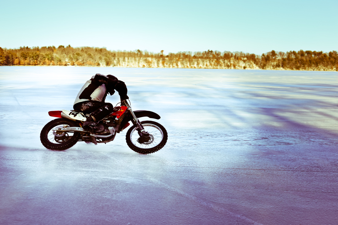motorcycle ice riding corner